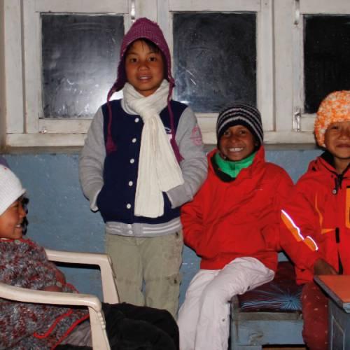 Hilfslieferung für die Sherpa Schule 2020